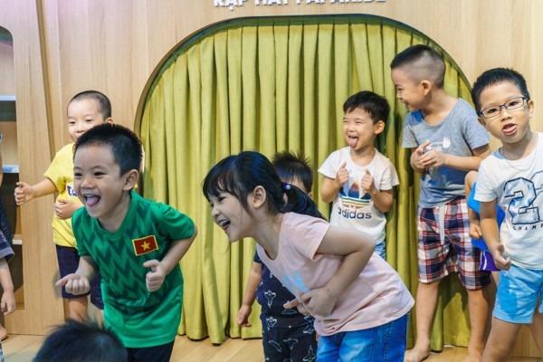 Trẻ học tập tại trường mầm non Papakidz