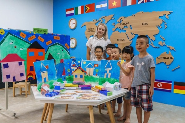 Chương trình học nước ngoài có thực sự phù hợp cho trẻ mẫu giáo ở Hà Nội
